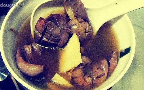 笋片枸杞猪腰汤