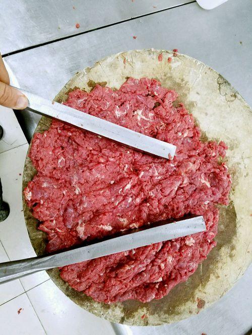 潮汕手打牛肉丸的做法图解3