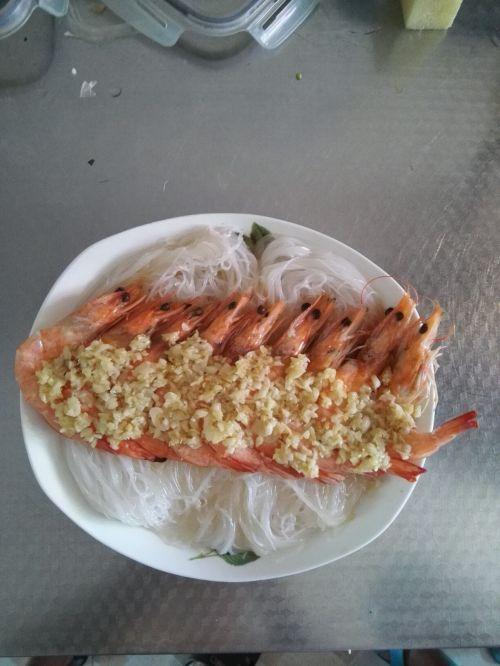 粉丝蒸虾的做法图解3