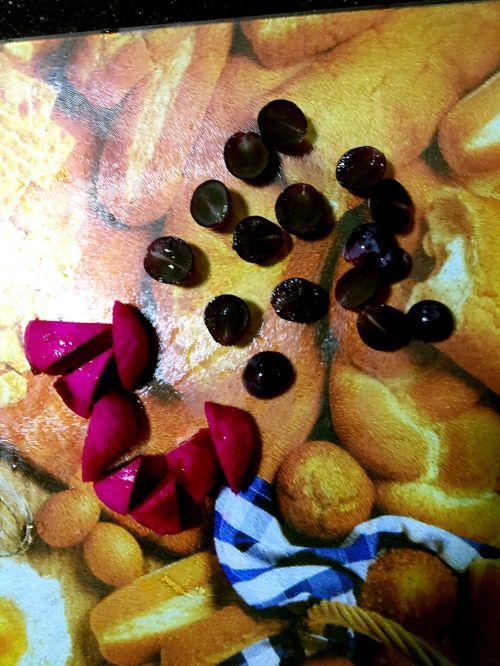 火龙果葡萄柠檬苏打水的做法图解2