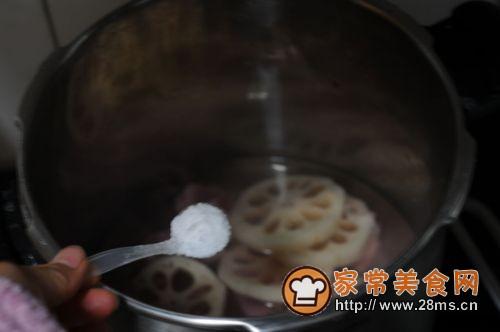 莲藕生菜骨头汤的做法图解4