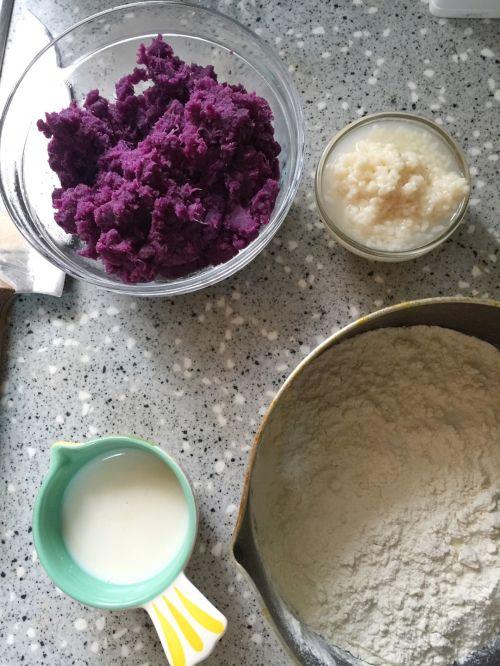 紫薯花朵酒酿馒头的做法图解2