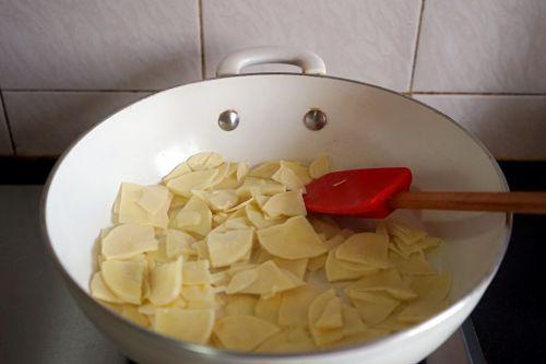 豌豆蘑菇炒春笋的做法图解12