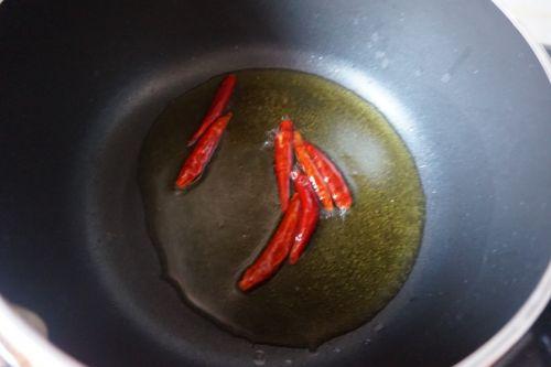 脆果仁拌菠菜的做法图解7