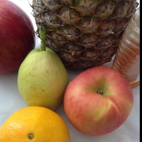 蜂蜜银耳水果羹的做法图解3