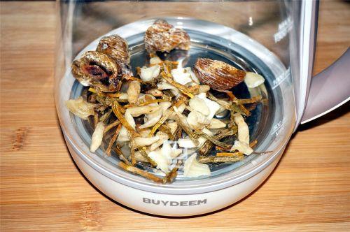 养阴和胃,清热润肺:麦冬石斛茶的做法图解3