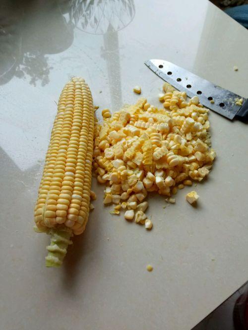 香浓玉米汁的做法图解1