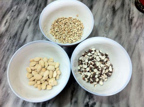 健脾和胃祛湿猪骨汤的做法图解1