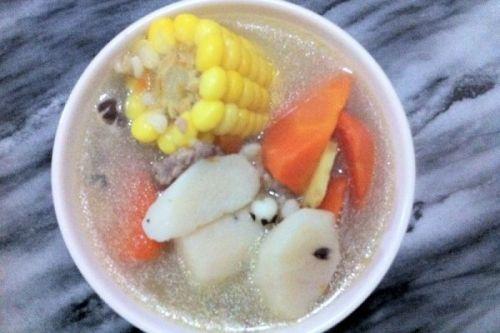健脾和胃祛湿猪骨汤