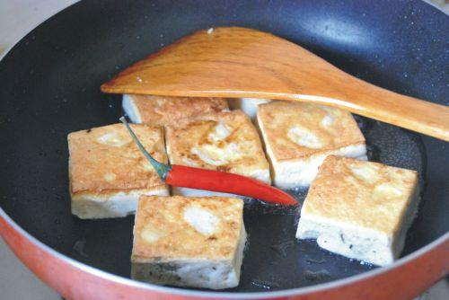 徽州臭豆腐的做法图解3