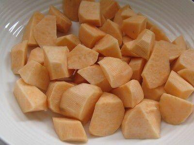 QQ地瓜紅薯球的做法图解1