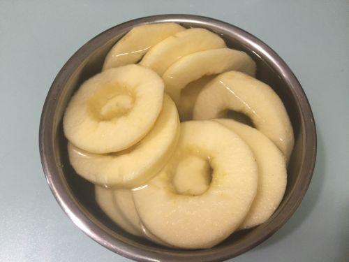 苹果甜甜圈的做法图解1