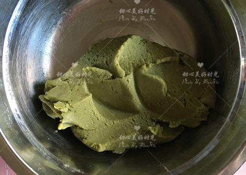 抹茶绿豆糕的做法图解3