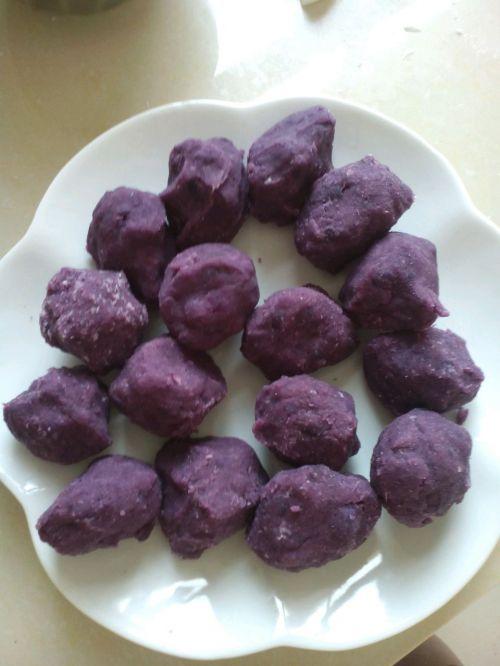椰蓉紫薯球的做法图解5