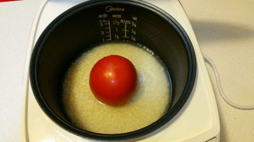电饭煲版番茄饭的做法图解2
