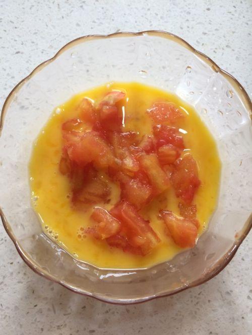 番茄蛋炒饭的做法图解3