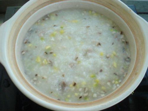 冬季暖身:蔬菜瘦肉粥的做法图解11