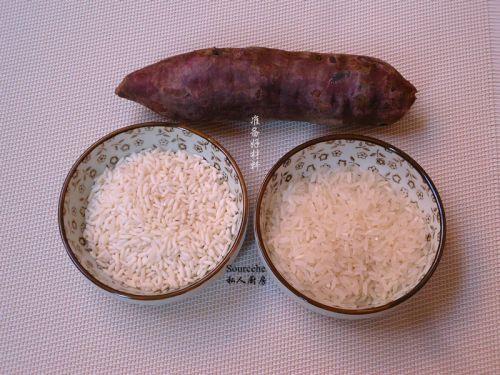 紫薯粥的做法图解1