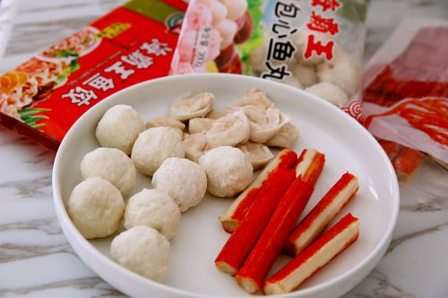 暖心暖胃的什锦小火锅的做法