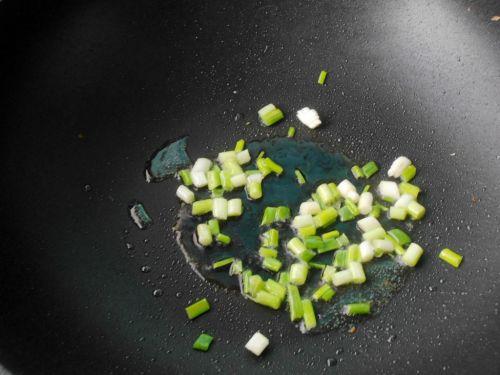 丝瓜炒油条的做法图解6
