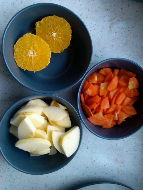 宝宝辅食:果蔬花式馒头的做法图解1
