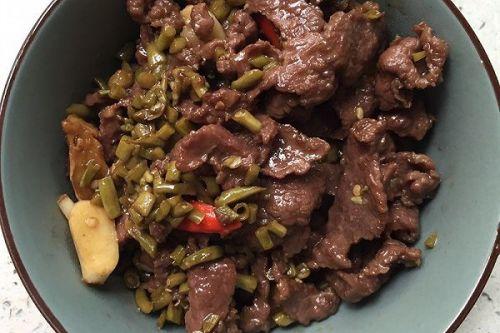 牛肉炒酸豆角