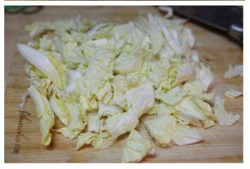 白菜粉丝羊肉汤的做法图解2
