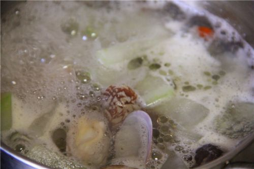 花蛤冬瓜汤的做法图解7