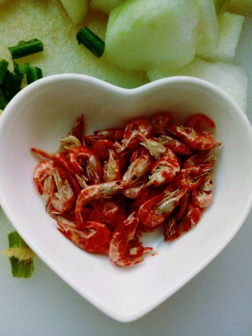 冬瓜虾米汤的做法图解2