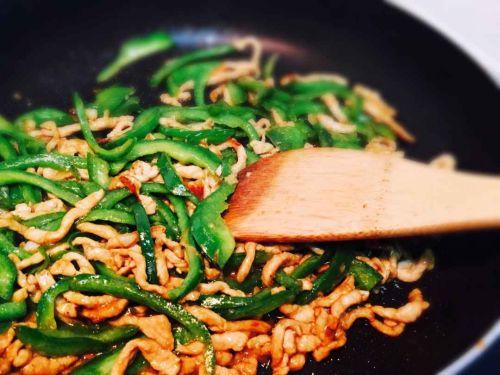 青椒肉丝的做法图解5
