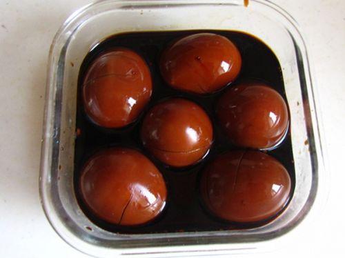 卤蛋的做法图解11