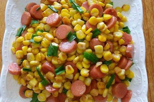 火腿肠炒玉米粒