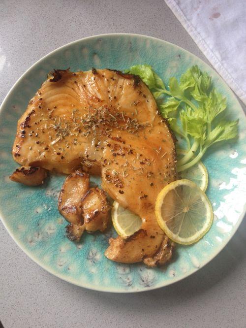 香煎鳕鱼的做法图解4