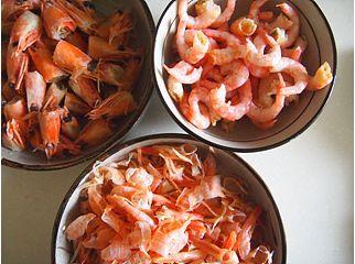 北极虾荠菜馄饨的做法图解1