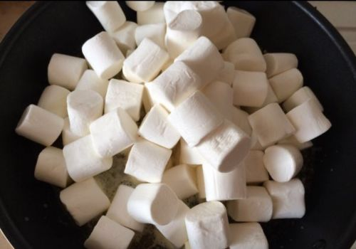 牛轧糖的做法图解2