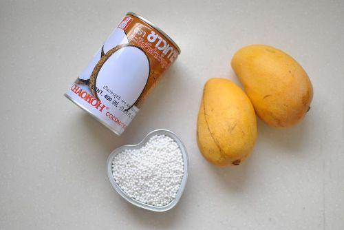 夏日清爽甜品芒果椰浆西米捞 的做法图解1