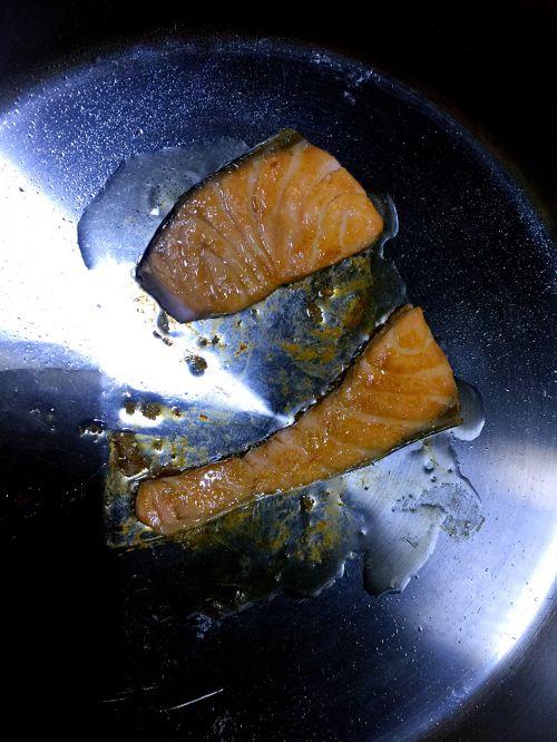 香煎三文鱼的做法图解6