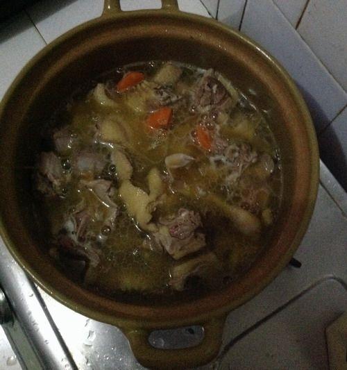 特色菜:香菇啤酒鸭的做法图解7