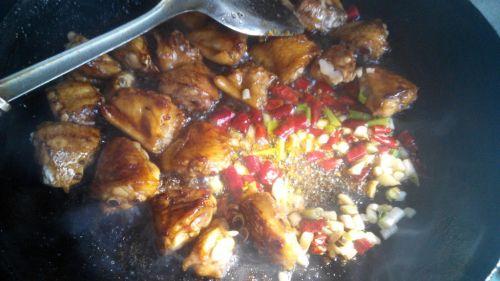 红烧鸡翅土豆的做法图解3