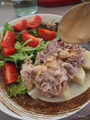 日式火锅牛肉沙拉的做法图解3