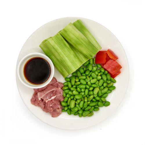 丝瓜毛豆炒肉片 的做法图解2