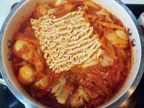 韩式辣白菜汤的做法图解6