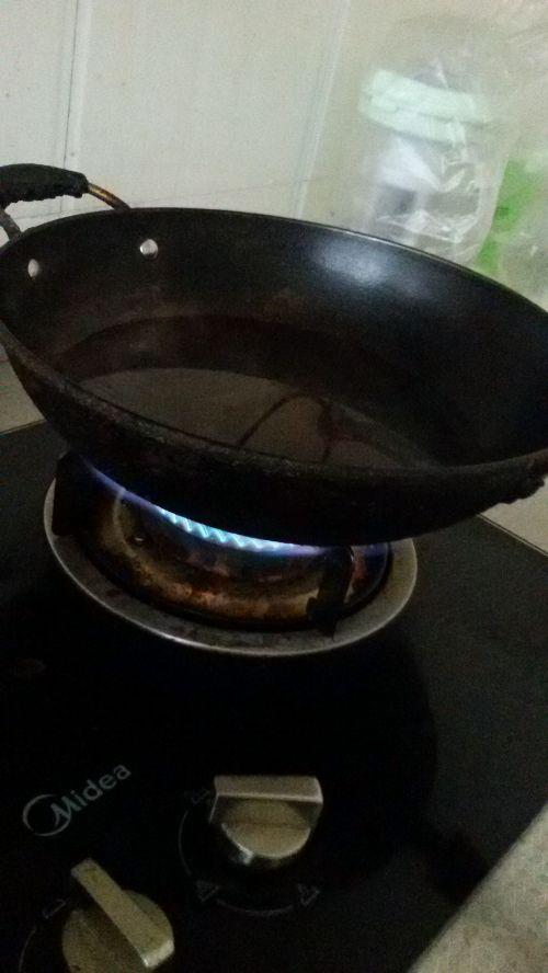 奶白鲫鱼豆腐豆芽汤的做法图解4