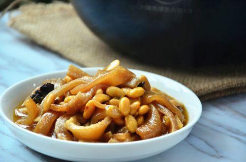 黄豆炖猪皮的做法图解6