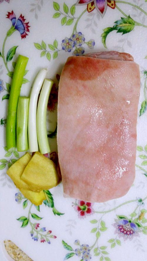 绝世美味东坡肉的做法图解1