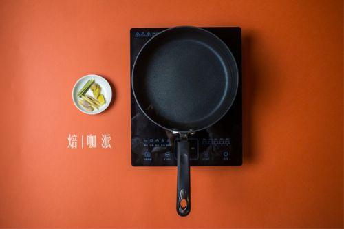 冬阴功汤的做法图解2
