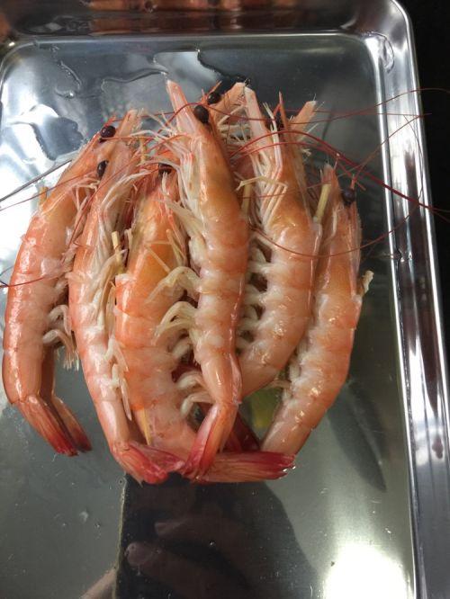 鲜虾反卷寿司的做法图解3