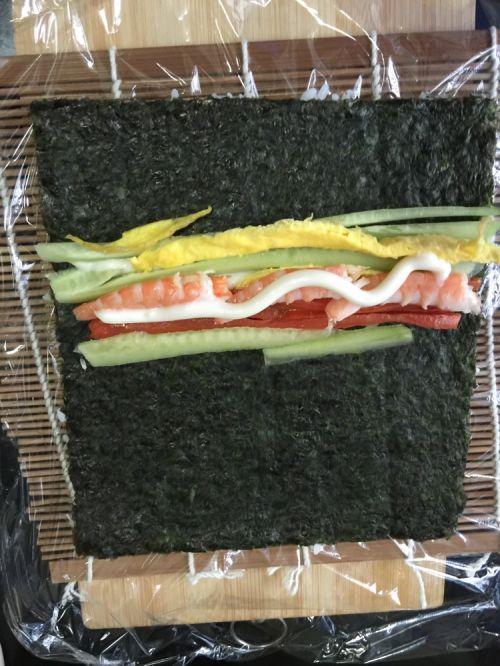 鲜虾反卷寿司的做法图解8