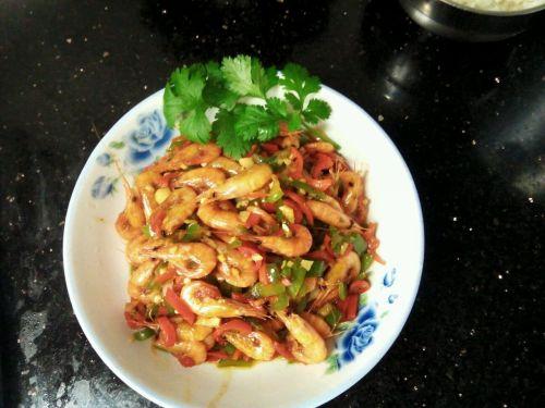 青红椒炒河虾的做法图解4