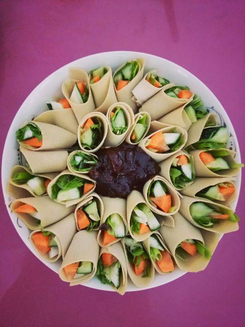 豆皮蔬菜卷的做法图解6